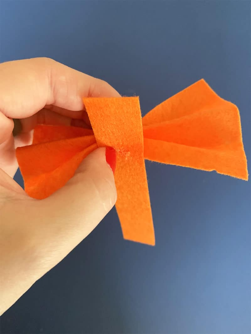 how to make a bow