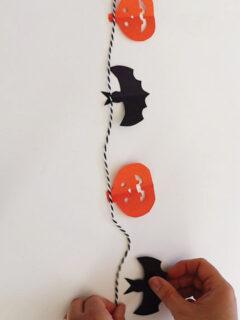 halloween garland thumbnail